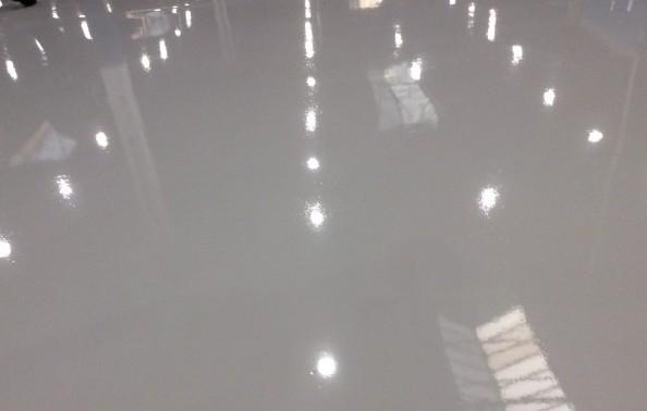 Наливной пол для квартиры